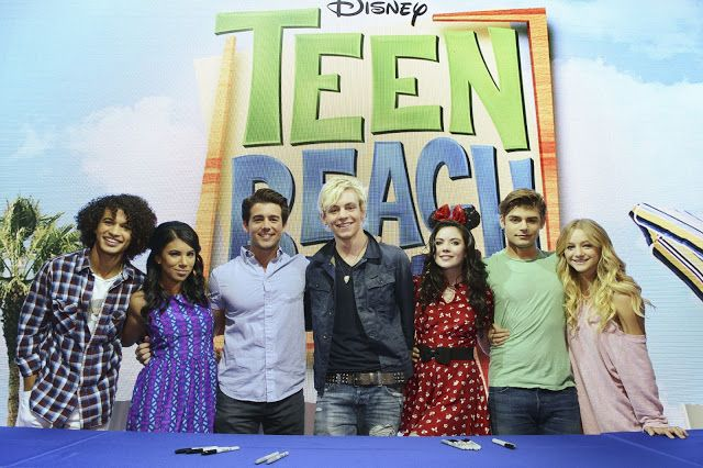 "PHOTO ALERT: DISNEY CHANNEL'S ROSS LYNCH LEADS ""TEEN BEACH MOVIE"" CAST SIGNING & R5 PERFORMANCE AT #D23EXPO"
