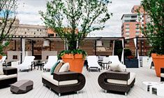 With a stay at Revere Hotel Boston Common, you'll be centrally located in Boston, minutes from Charles Playhouse and Boston Public Garden. This 4-star #boutiquehotel is close to Copley Place and Hynes Convention Center. Don't miss out on recreational opportunities including an indoor pool and a fitness facility. | https://stayful.com/boston-hotels/revere-hotel-boston-common
