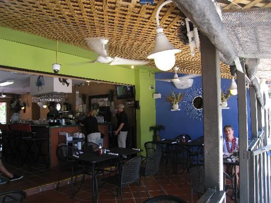 Day 2:   In the evening we will be eating at La Parilla. This restaurant has a lot of local cuisine so that you can experience the real Puerto Rician cuisine.