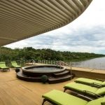 discovery-amazon-cruise-peru-jacuzzi