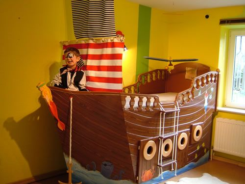 1000 ideas about piraten schlafzimmer auf pinterest - Piratenbett kinderzimmer ...