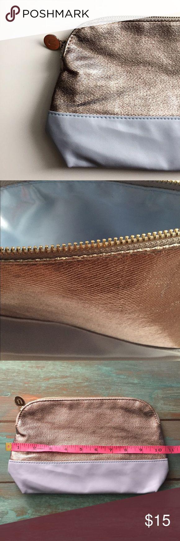 Ulta Makeup Bag Preloved Ulta Makeup Bag. Good condition Sephora Makeup Brushes & Tools