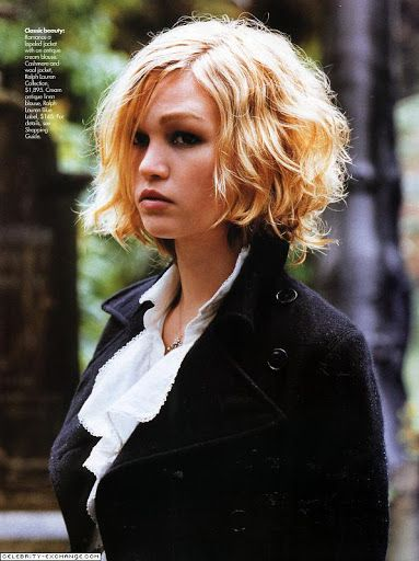 """Hairstyles for round faces . . . Professionals have specific skills in creating slimming effects with hairstyles. Here are some their """"go to"""" haircuts for round face shapes. Julia Stiles Blond Medium Length Curly Hairstyle"""
