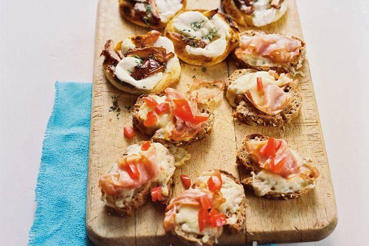 Droom van elk kind: tosti's eten en gourmetten tegelijk! Recept - Open pantosti's - Allerhande