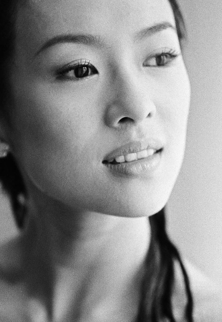 zhang ziyi | www.shoplbb.com | Intimate Accesories for Women and Couples
