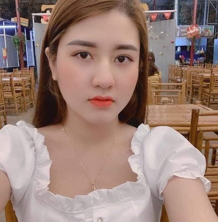 Yuliana Janda Semarang Cari Jodoh Janda Cantik Kaya Film Komedi Romantis Film Komedi Komedi Romantis