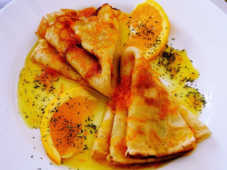 Adrian Butnariu: Cum sa facem niste clatite delicioase.......