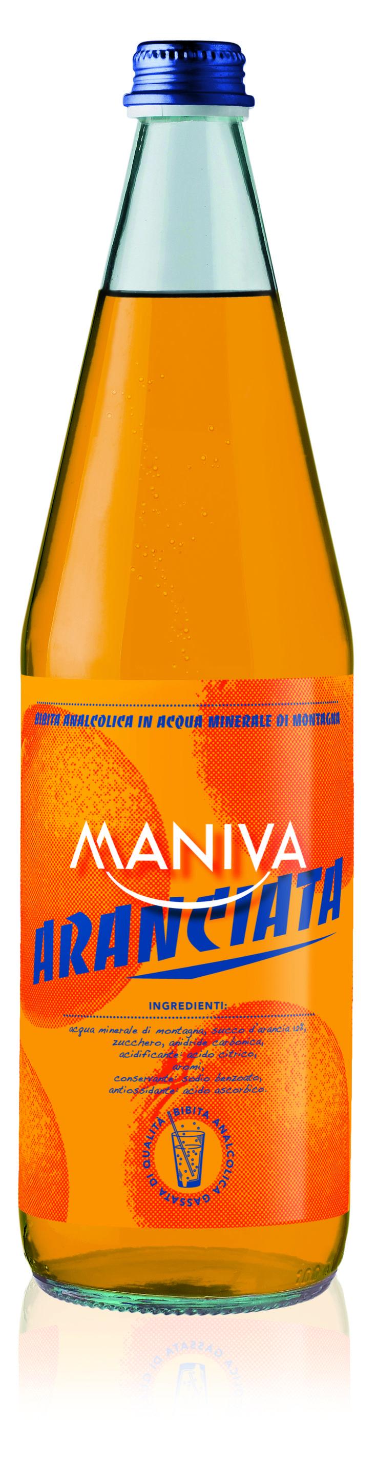 ARANCIATA MANIVA Bibita analcolica frizzante, di alta qualità garantita anche dalla leggera acqua minerale di montagna di cui è composta