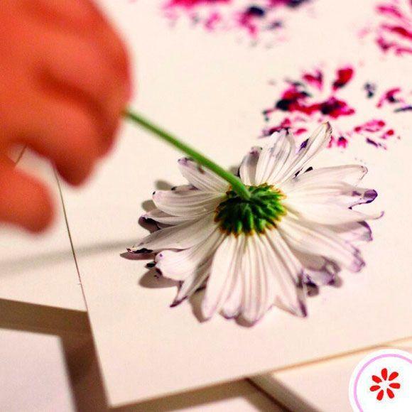 Ben je helemaal niet goed in schilderen, maar wil je toch een zelfgemaakt kunstwerk in je huis ophangen? Maak het jezelf dan lekker makkelijk. We geven je voorbeelden van makkelijke kunstwerken, die ook jij kan maken.