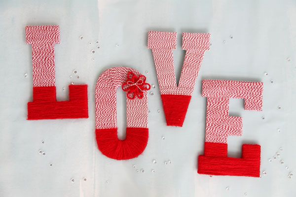 DIY Whimical Wrapped Letters - Weddingstar Blog
