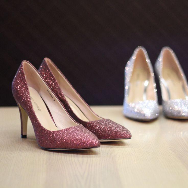 Всем отличного начала рабочей недели😉 Бордовые арт: SS75-097454 Серебристые арт:SS75-097456 #respectshoes #iloverespect #shoes #respect #respectmood #обувьреспект #настроение
