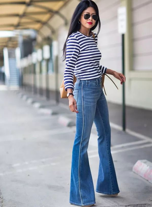 flare-jeans-listras-oculos-batom
