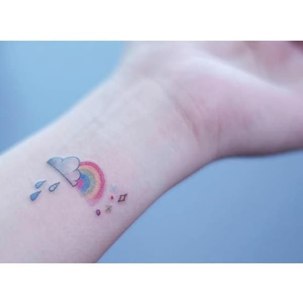 Take a step over the #rainbow with these rainbow #tattoos that will melt your heart!