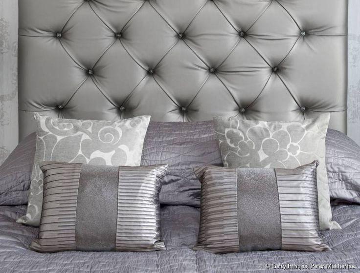 diy comment fabriquer une t te de lit capitonn e. Black Bedroom Furniture Sets. Home Design Ideas