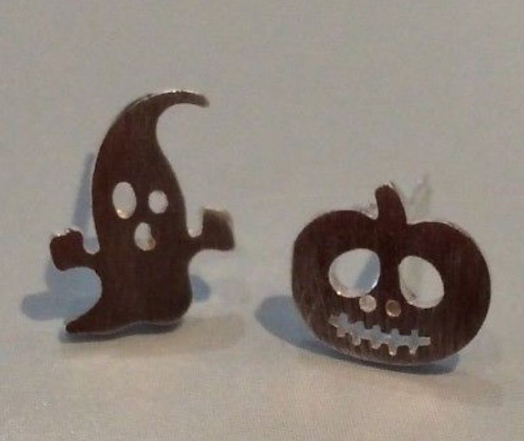 Silver Plated Halloween Ghost and Pumpkin Earrings #gift #ladies #accessories #silverplated #silver #halloween #ghost #pumpkin #earrings #studearrings #present #jewellery https://m.ebay.co.uk/itm/Free-Gift-Bag-Silver-Plated-Ghost-Pumpkin-Stud-Earrings-Jewellery-Halloween-Xmas-/282685036614