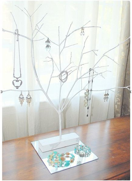 Paint a branch, anchor it down, and call it a jewelry stand. I like it!: Craft, Jewelry Stand, Jewelry Display, Diy Jewelry, Display Idea, Trees, Jewelry Holder, Jewelry Tree