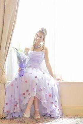 2015年最新☆可愛いカラードレス400選【バラ・花柄系】【結婚式】【画像まとめ】人気・定番も♪ - NAVER まとめ