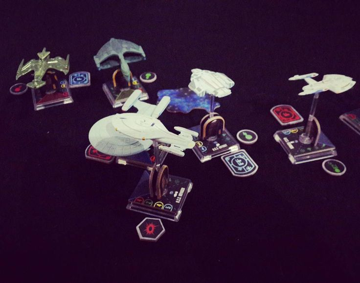 This battle is a bit out of hand #startrek #attackwing #ussdauntless