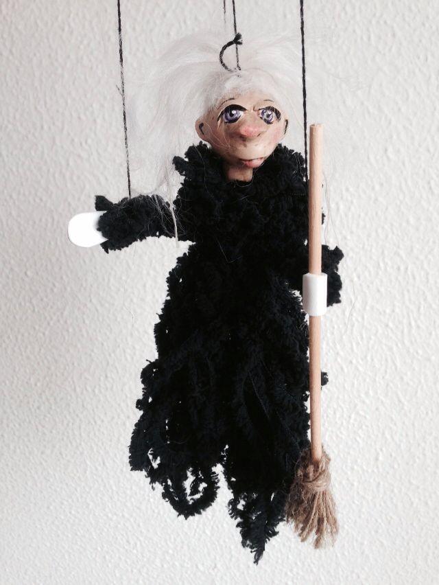 Witchy IV., eine von Vielen, jedoch wie jede einzigartig. Unsere Hexenkollektion, - handgearbeitet.