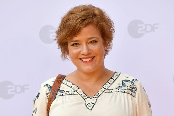 Feuchtfröhlich feiern? Kommt für Muriel Baumeister nicht mehr in Frage. Die Schauspielerin hat der Droge abgeschworen, seit sie im Oktober letzten ...