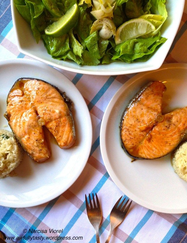 Somon cu sos de soia si orez. Soy glazed salmon served with rice. Martha Stewart recipe.