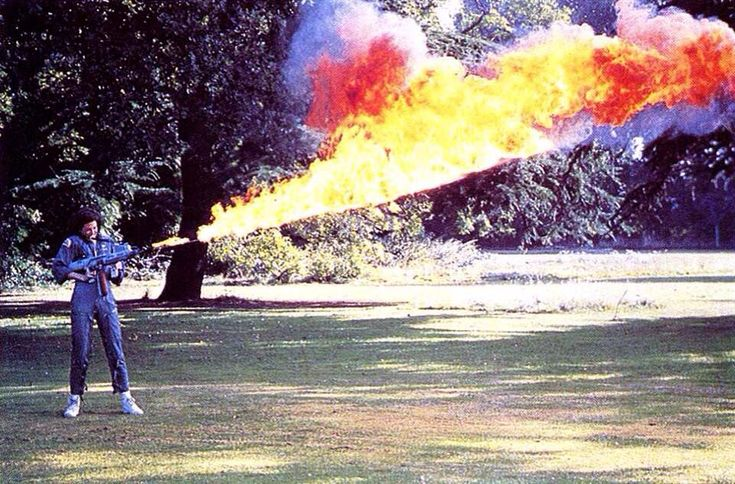 Sigourney Weaver test-firing the Alien flamethrower (via io9.com)