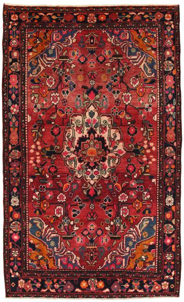 les 25 meilleures id es de la cat gorie tapis oriental sur pinterest tapis orient tapis. Black Bedroom Furniture Sets. Home Design Ideas