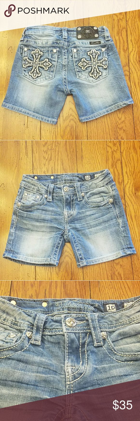 Girls Miss Me Jeans Shorts Size 10 Excellent Condition  NO STAINS  ALL STONES ATTACHED Miss Me Bottoms Shorts