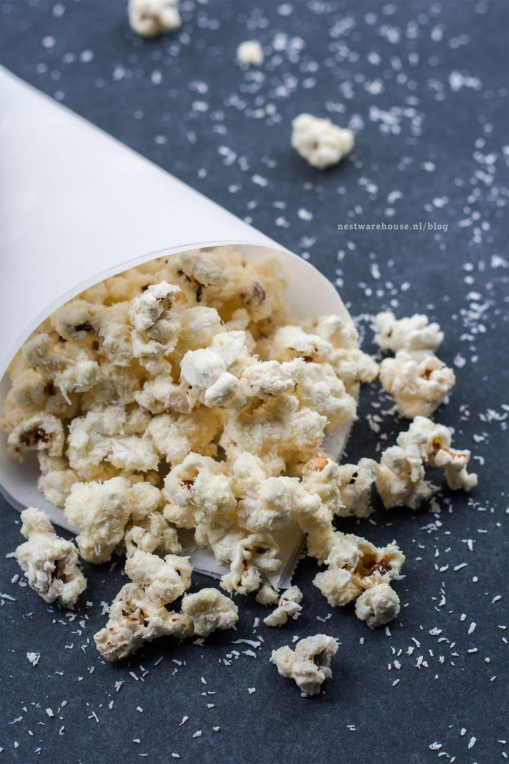 rafaello popcorn met witte chocolade en kokos - recept van Nest Warehouse