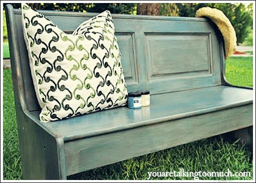 DIY:: Distressed Painted Furniture Project Tutorials ! Perfect Farmhouse Decor !
