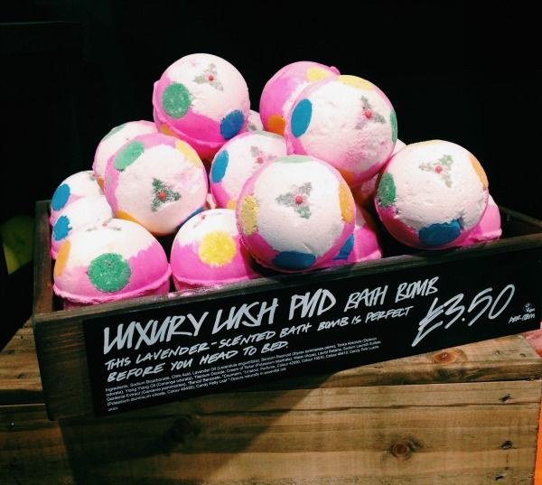 Luxury Lush Pud from Lush Cosmetics. My fave bath bomb. ✔️