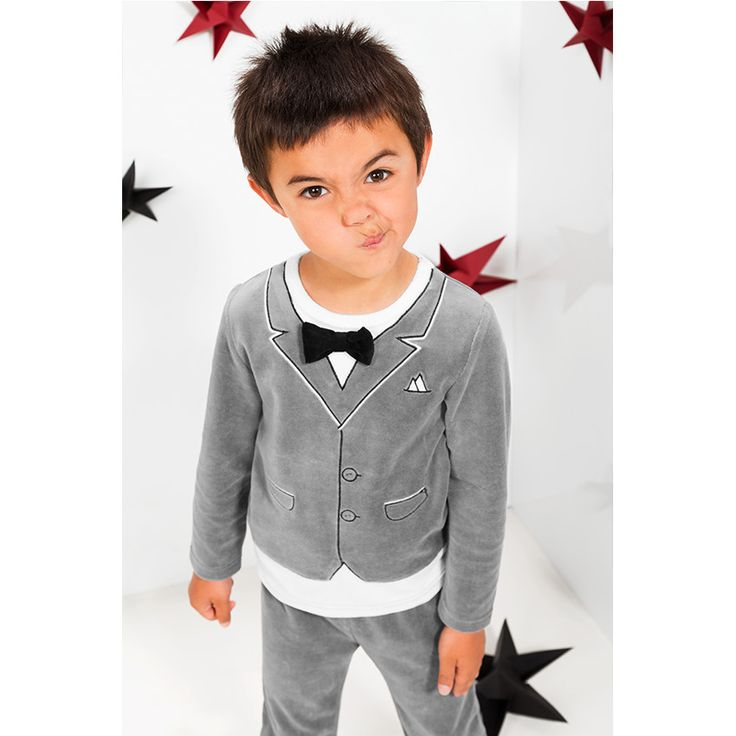 Pyjama en velours effet costume avec noeud papillon   ★• ˚ ˚ • Christmas Time • ˚ ˚ •★  #Christmas #noel #Xmas #gift #fashion