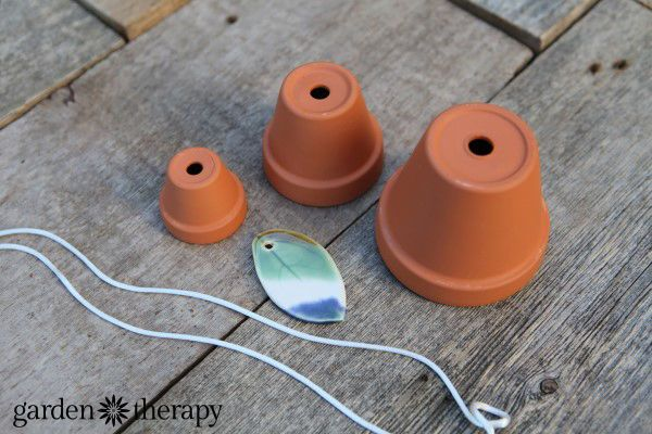 Make a musical terra cotta wind chime terra cotta wind for Terracotta wind chimes
