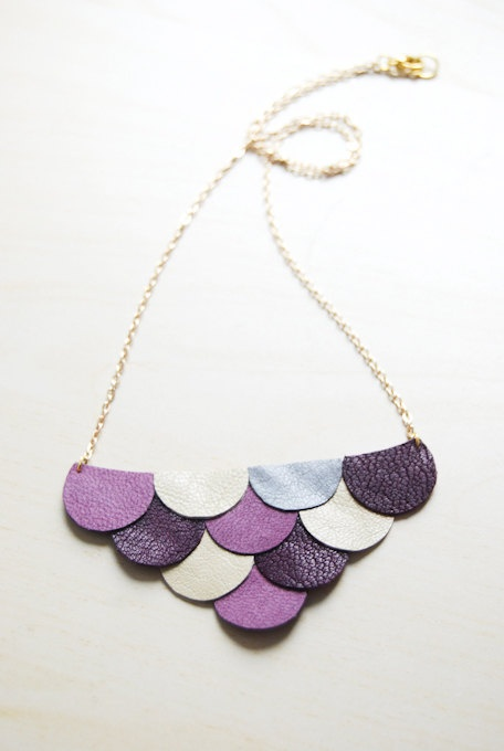 Scalloped leather necklace. Might also be nice to use this technique for earrings.