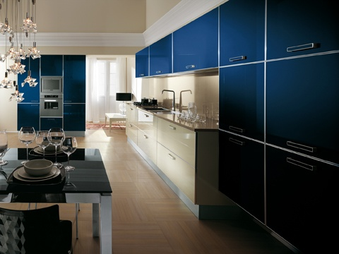 | A broad, versatile, innovative project that Scavolini presents here as yet another effective solution to the needs of the modern lifestyle | Contemporary in taste, technologically perfect and functional, and as always responsive to the demands of personal taste |