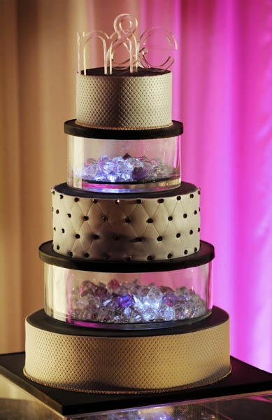 how to add lights to a cake