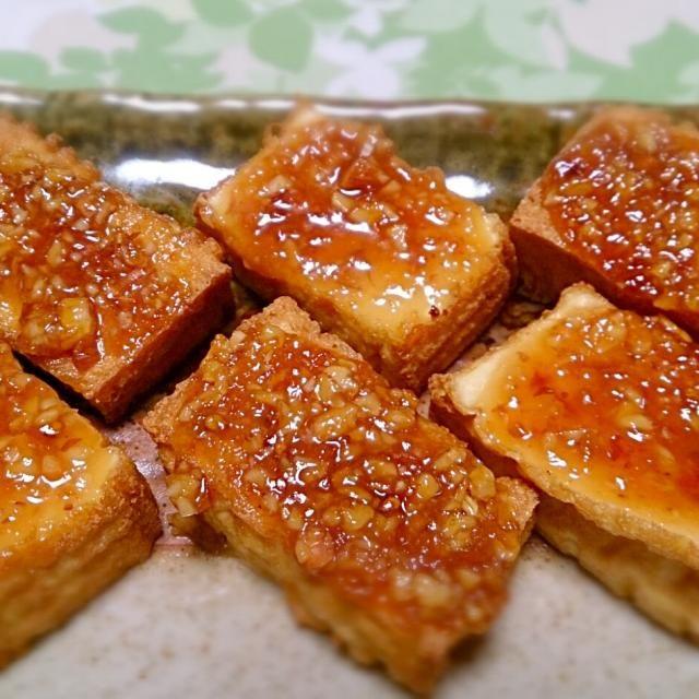 簡単な材料なのに意外と美味しいです。厚揚げはちゃんと焼くとかりっとして何より手軽で嬉しい。 - 11件のもぐもぐ - 厚揚げのピーナッツ味噌田楽 by otokaakuto663