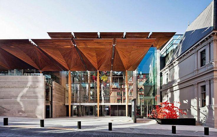 Оклендская художественная галерея (Auckland Art Gallery) выиграла немало наград за свой великолепный дизайн, совмещающий старое и новое. | Рассказ о достопримечательностях Окленда.| Ahipara Luxury Travel New Zealand #новаязеландия #окленд #достопримечательности #экскурсия #тур #гид #отдых #отпуск #архитектура