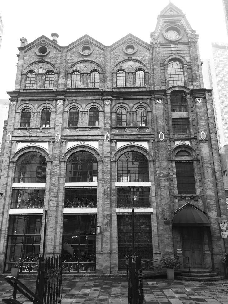 Artitrctuta inglesa modernizada en Bogotá