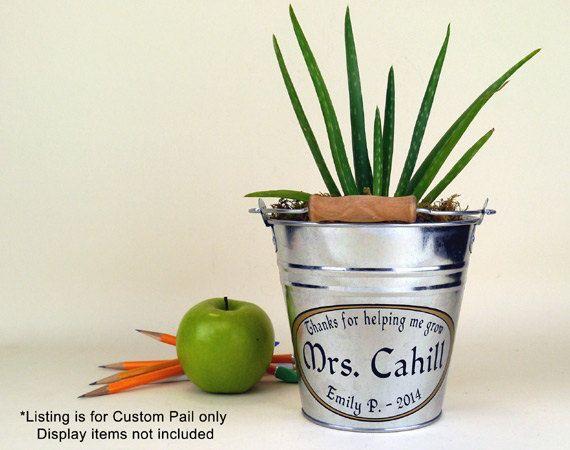 Personalizado pequeño cubo regalo de apreciación por Capcatchers