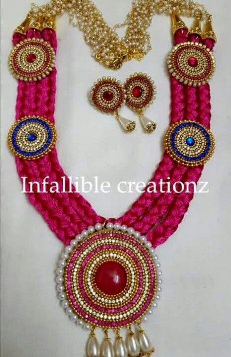 Silk jewellery set