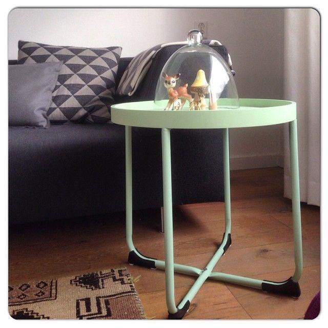 Gebruik ons mint groene tafeltje als bijzettafel of om mooie items op uit te stallen. Nu verkrijgbaar in onze webshop!