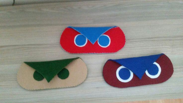 Kalemlik, gözlük kılıfı, cüzdan.