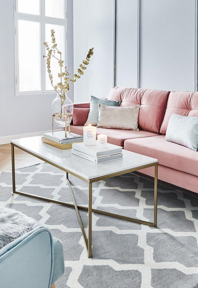 Wir lieben Marmor! Mit dem Marmor Couchtisch Antigua sorgst Du für ein elegantes Highlight in Deinem Wohnzimmer. Dekoriert mit Kerzenschein, einer wu