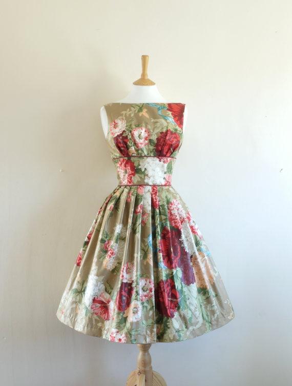 #50s #floral #dress #1950s #partydress #vintage #retro #sundress #floralprint #petticoat #romantic #feminine #fashion