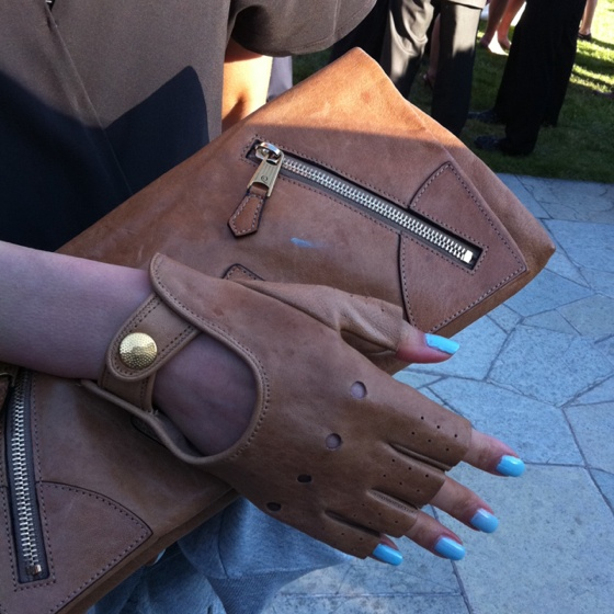 Cindy's awesome attached-glove-clutch