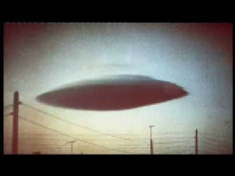 'Mile-wide UFO' spotted by British airline pilot - YouTube