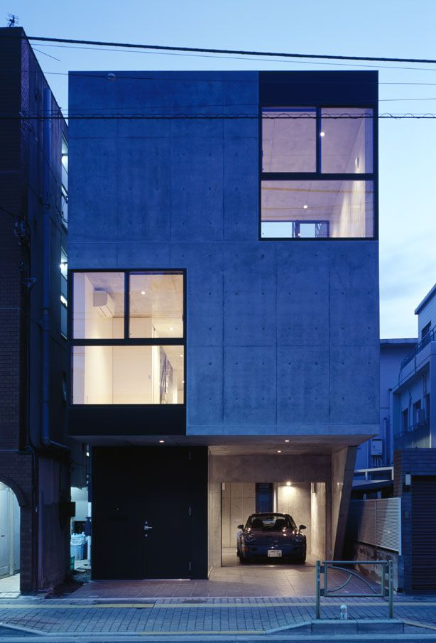 APOLLO Architects & Associates|CARRERA. West LA could learn a few things about small city houses from the Japanese.