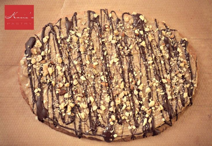 Moje Wypieki   Mazurek chałwowo - orzechowy z czekoladą