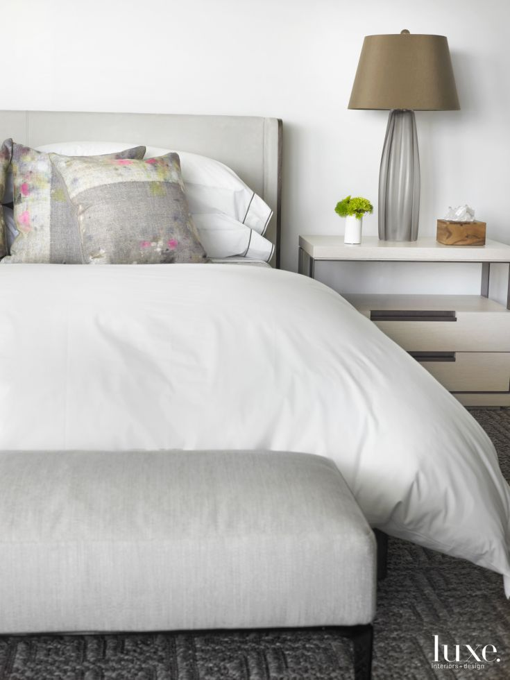 17 best ideas about modern white bedrooms on pinterest - White bedroom furniture pinterest ...